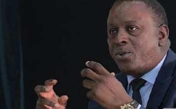 """Cheikh Tidiane Gadio appelle l'Etat à appuyer """"la formation et le perfectionnement"""" des journalistes"""