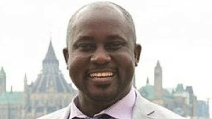 Pius Adesanmi , universitaire canadien d'origine nigériane, 47 ans