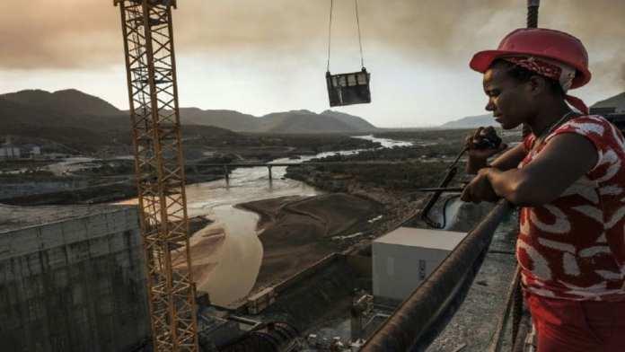 Le chantier du grand barrage éthiopien de la Renaissance, près de Guba en Ethiopie, le 26 décembre 2019