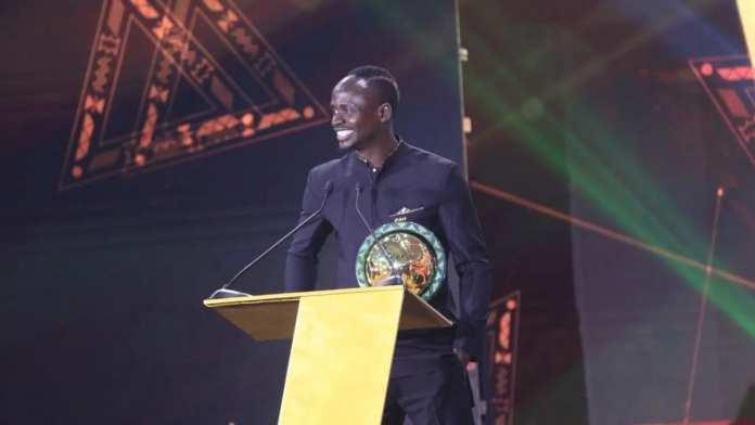 Mane et Oshoala nommés footballeurs africains de 2019 aux CAF Awards
