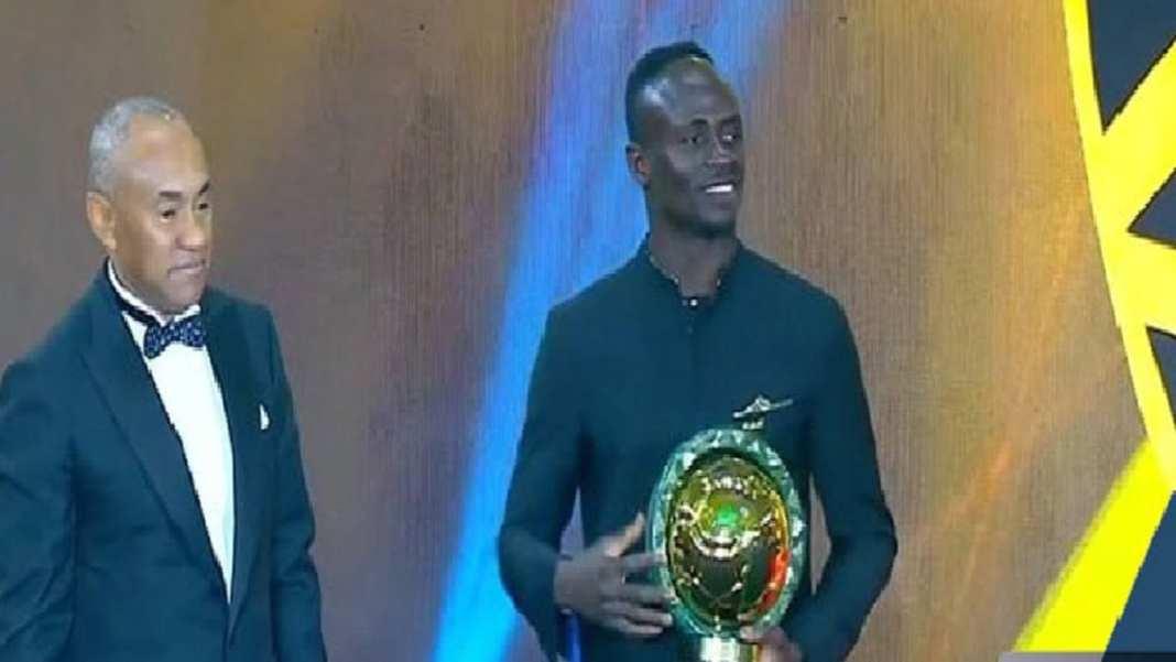Sadio Mané sur le toit de l'Afrique, dix-huit ans après El Hadji Diouf+