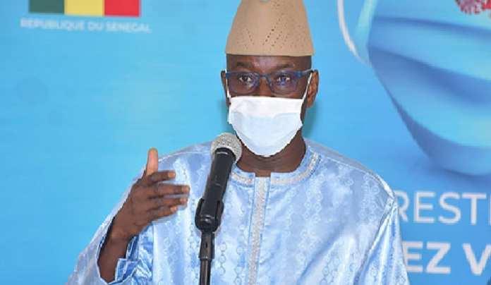 Aly Ngouille Ndiaye / Le Gouvernement lève l'interdiction du transport interurbain et réduit la durée du couvre-feu