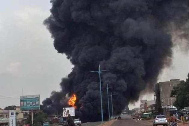Plusieurs dizaines d'ouvriers tués à Dakar dans l'explosion d'un camion d'ammoniaque+