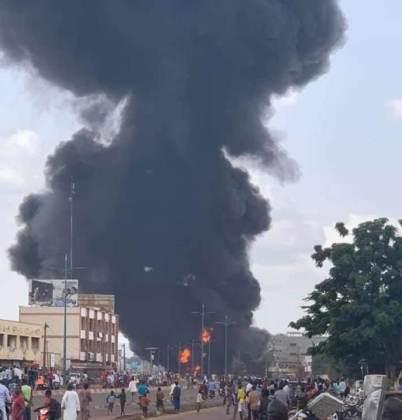 Plusieurs dizaines d'ouvriers tués à Dakar dans l'explosion d'un camion d'ammoniaque