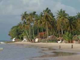 carabane, une île paradisiaque laissée à elle-même