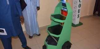 Des-étudiants-de-lESP-créent-un-robot-appelé-Dr-CAR