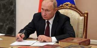 Vladimir Poutine ne reconnaît pas encore Joe Biden comme chef d'état américain2