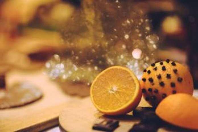 orange-N°1 les Clous de girofle
