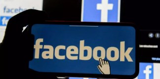 Facebook bloque le compte de Donald Trump pour une durée indéterminée