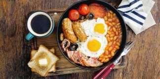 Une analyse a montré que les personnes qui font du petit déjeuner le repas le plus important sont plus susceptibles d'avoir un indice de masse corporelle plus faible.