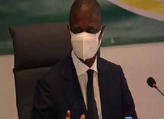covid19-trois-mois-de-port-obligatoire-de-masque-de-protection-dans-les-lieux-publics-et-prives-prescrit-par-l-etat