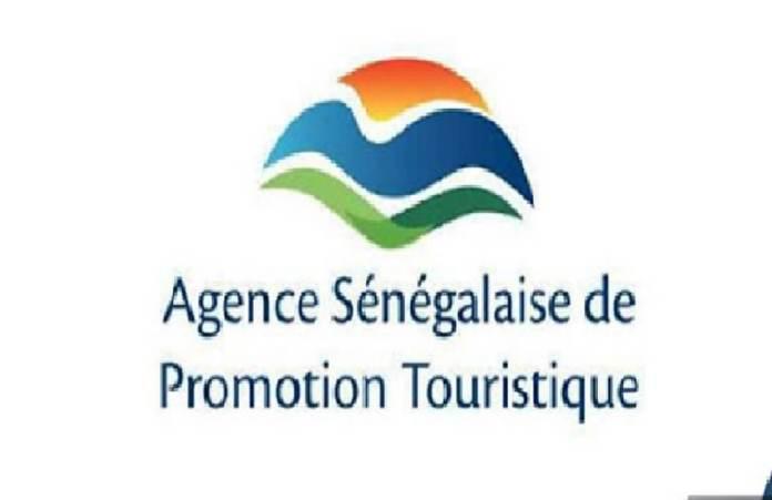 signature-d-une-convention-de-partenariat-pour-la-promotion-du-tourisme-religieux
