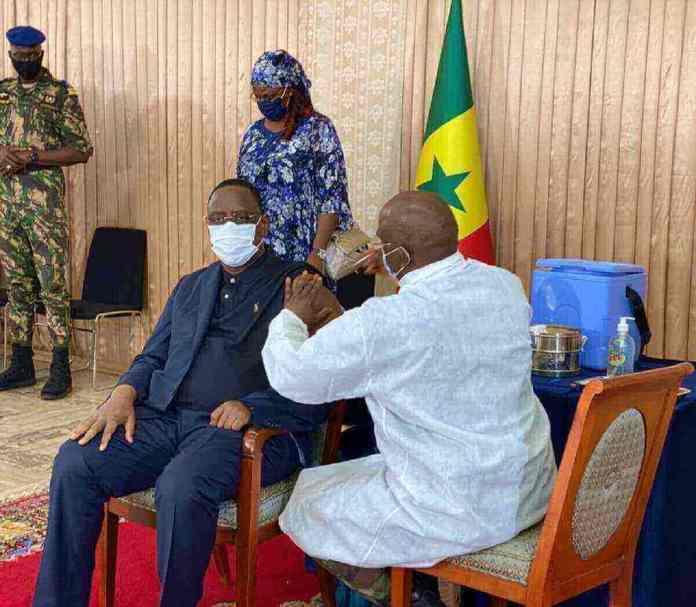 Macky Sall - Kafunel.com - Je viens de me vacciner contre la #Covid19