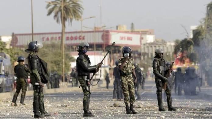 Un militaire arrivé à Dakar s'exprime « Nous ne sommes ni pour Macky, ni pour Sonko, notre mission est de… »