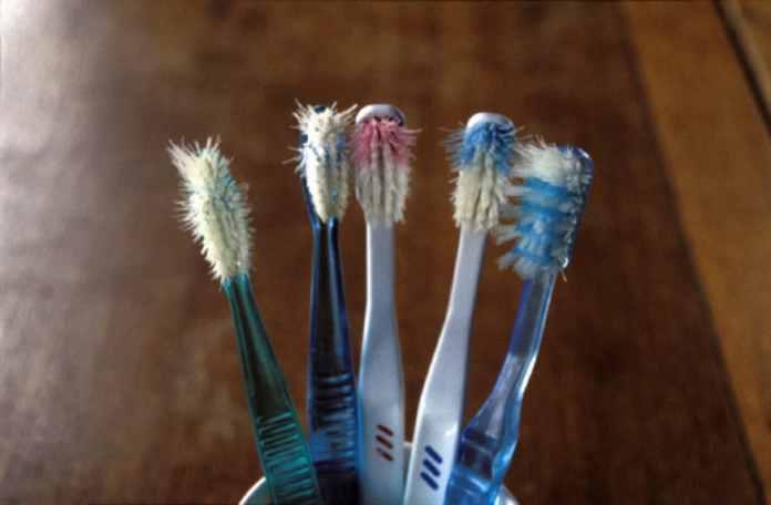 7.On change de brosse à dents tous les trois mois