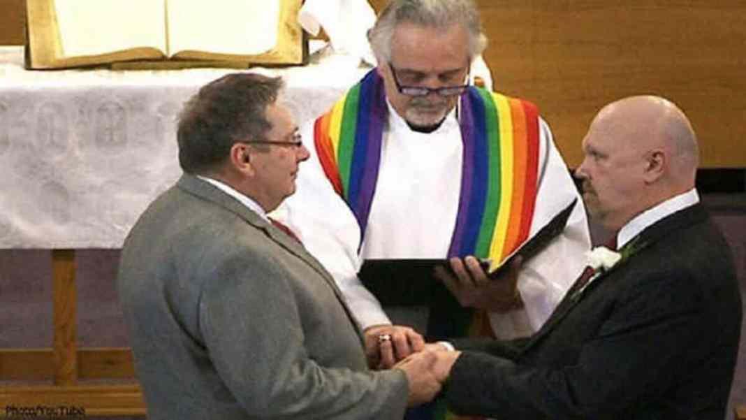 Royaume-Uni www.kafunel.com l'église méthodiste vote pour autoriser les mariages homosexuels