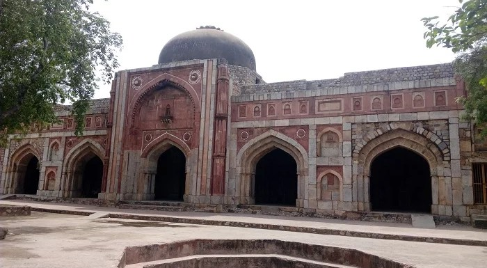 Mehrauli Archeological Park – The Uninhabited Beauty Of Ruins