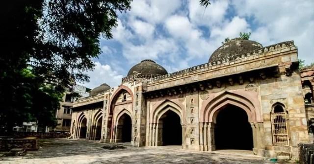 Moth ki Masjid-KahaJaun