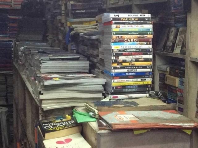 three-l-library-defence-colony-delhi-book-shops KahaJaun