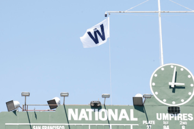 chicago-cubs-w-flag-has-long-history