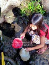 フィリピンの水くみ場