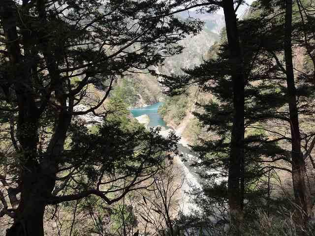寸又峡「夢の吊り橋」の先。寸又峡プロムナードコース