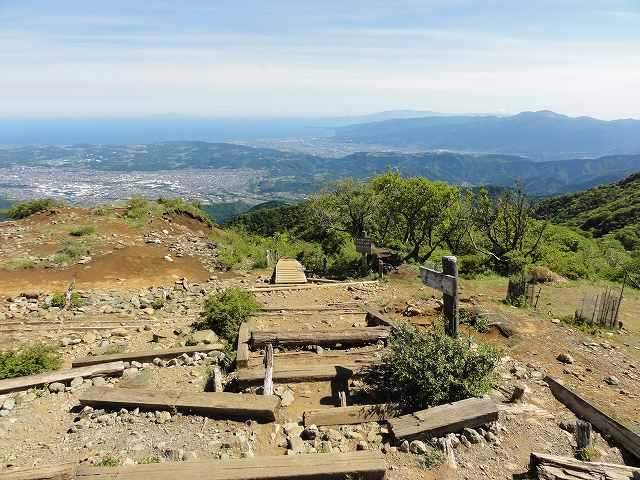 塔ノ岳山頂からの大倉尾根スタート地点