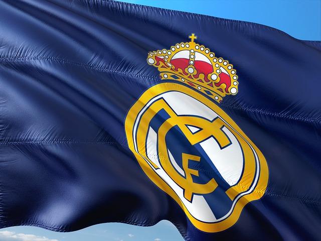 レアルマドリードの旗