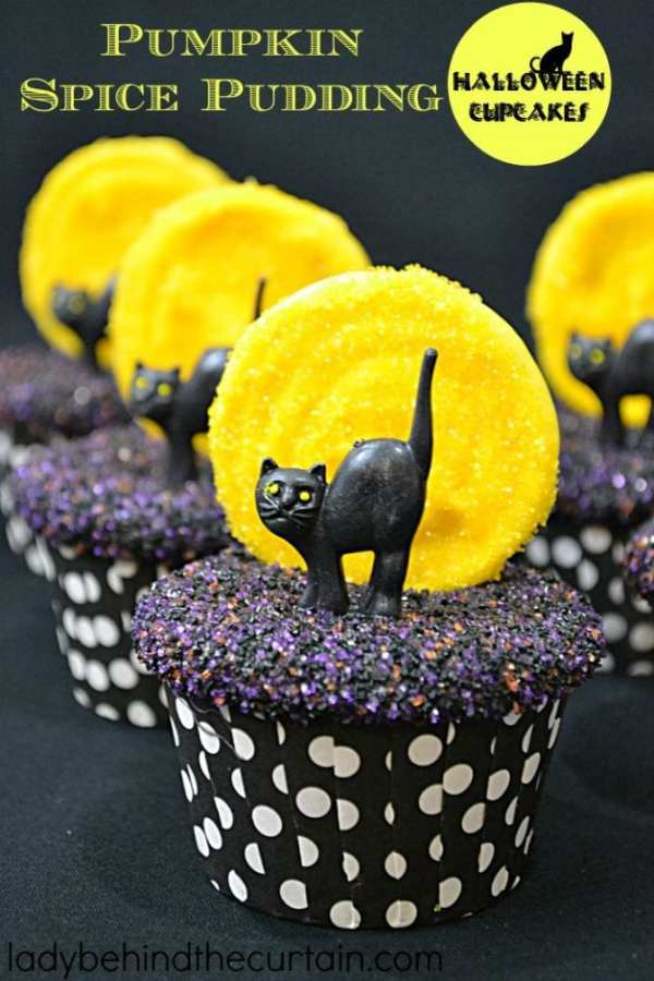 Halloween Black Cat Cupcake
