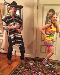 Mexican and a Pinata Halloween Costume #halloween #halloweencostume #halloweencouplecostume #couplecostume #diycostume #diyhalloween #diyhalloweencostume #KAinspired www.kainspired.com