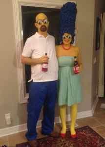 Simpsons:Homer & Marge Simpson Halloween Costume #halloween #halloweencostume #halloweencouplecostume #couplecostume #diycostume #diyhalloween #diyhalloweencostume #KAinspired www.kainspired.com