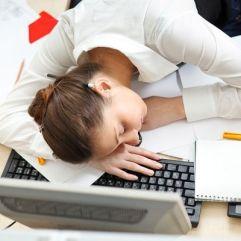 Bekerja Lembur di Kantor Meningkatkan Produktivitas