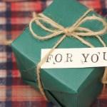会社設立のお祝いに贈るプレゼントは何がいい?