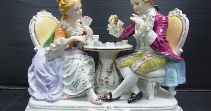 アンティーク 加藤工芸 陶器人形 レース古代人形 中古品
