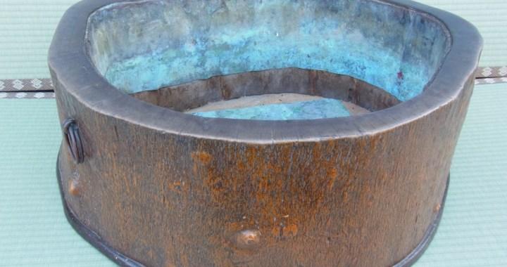 昭和3年作製 木製 くり貫き火鉢 73cm×60cm 中古品