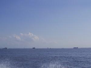 東京海洋散骨のチャーター貸切東京湾散骨