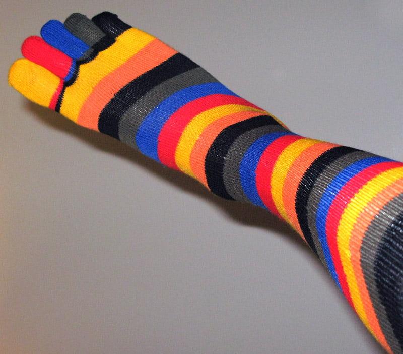 Multifärgade strumpor med tår