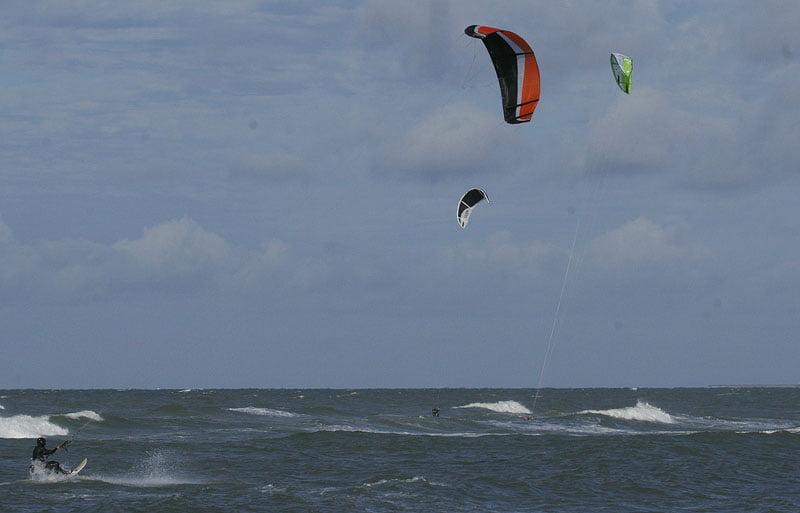 Vi slåss om platsen med kite- och vindsurfare