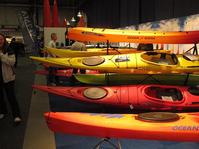 Kajaker i blandade färger fanna det gott om. Här från Necky och Ocean Kayaks