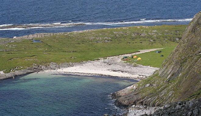 Strand och tältläger