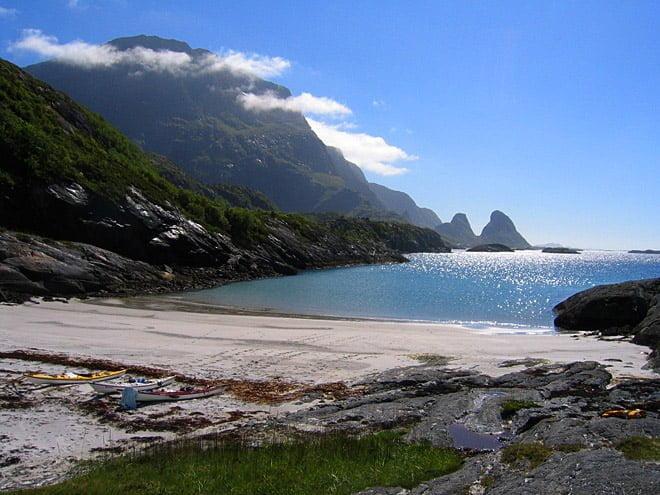 Riktigt schyst strand och vy. Hestviken på Nordvästra Tomma