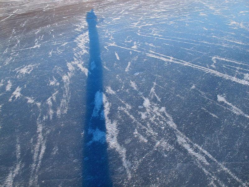 Skugga på isen Västersjön