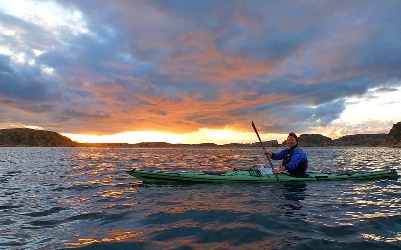 Bra och finfin start med grann solnedgång norr om Hamburgsund
