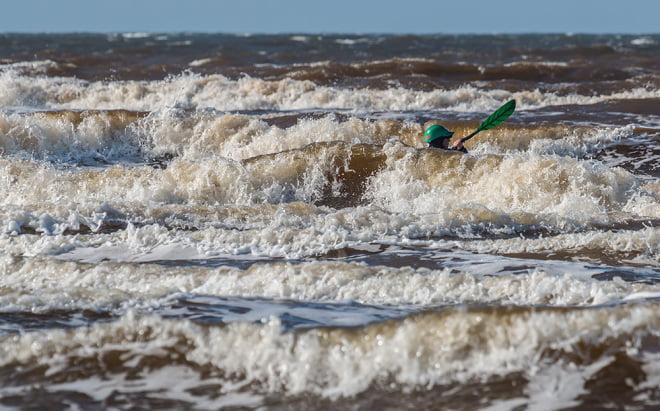 Skum och vågor