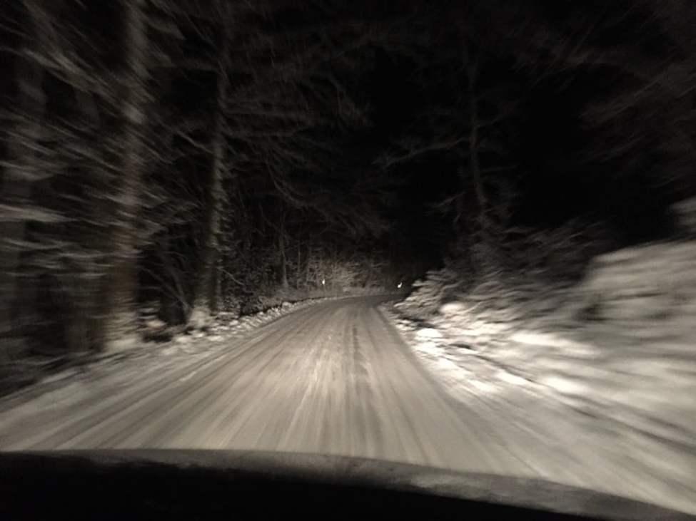 Lite mer snö uppe på åsen än hemma i Knäckebröhult