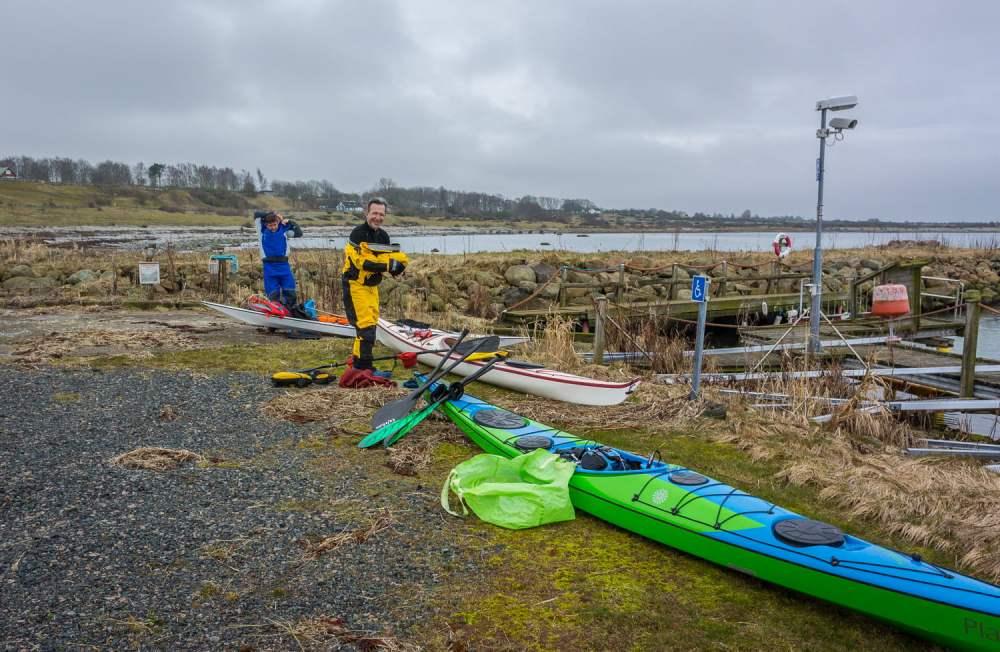 Torrdräkter på i Norrebro hamn