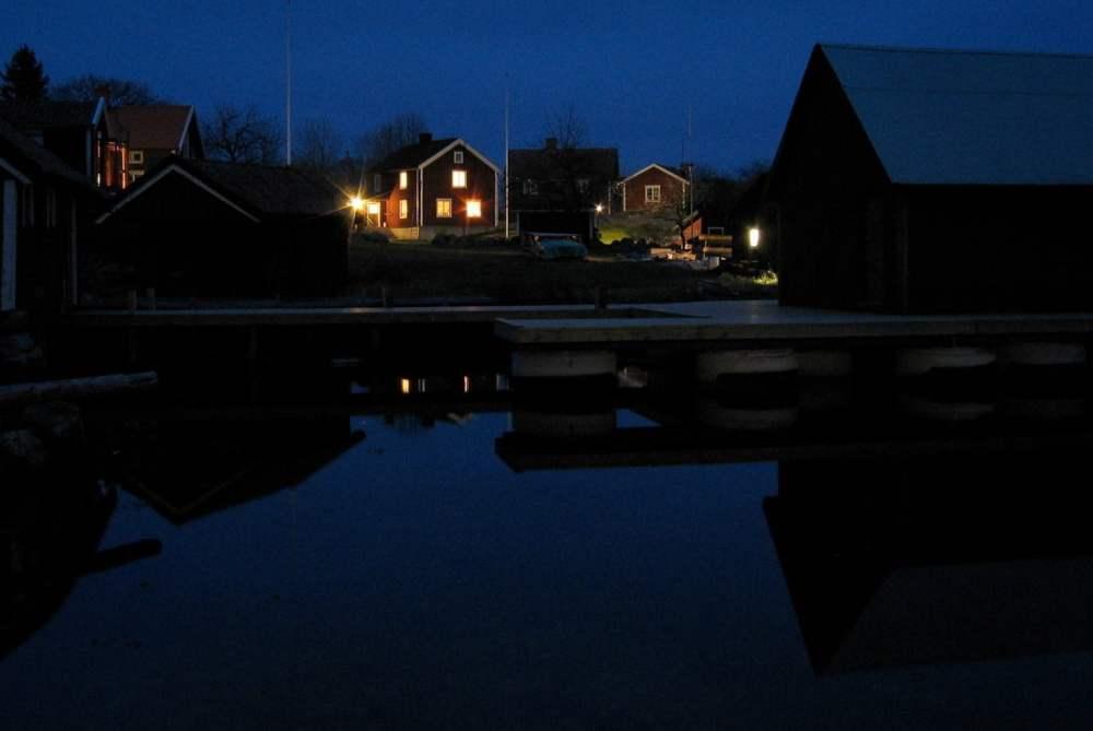 Kvällsbild från bastubryggan, 2003.
