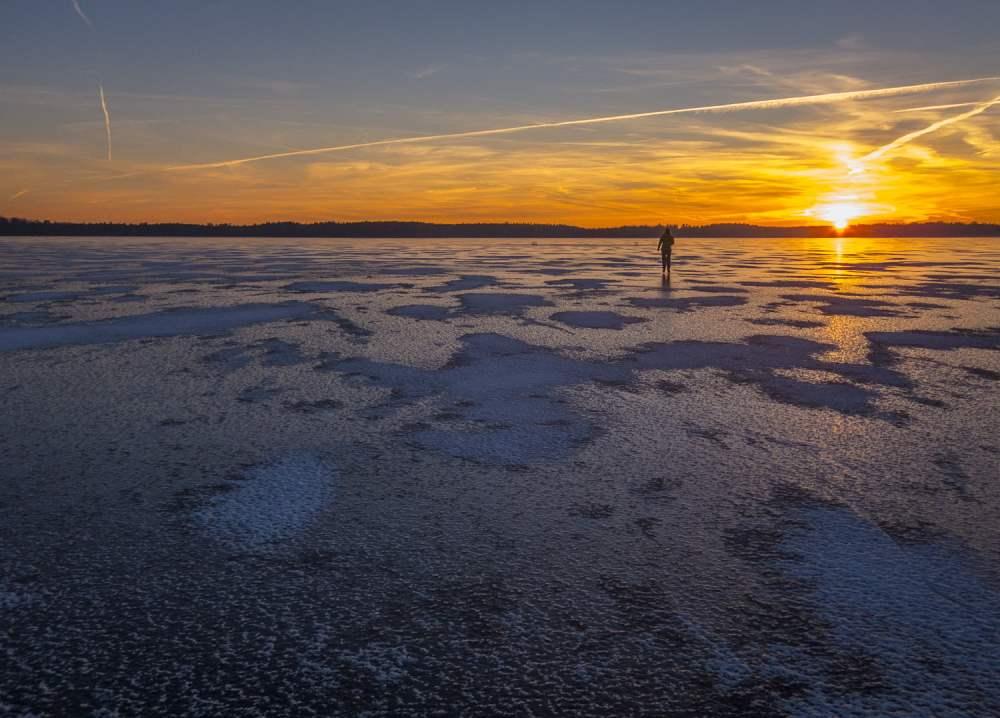 Is på Västersjön och lite solnedgång