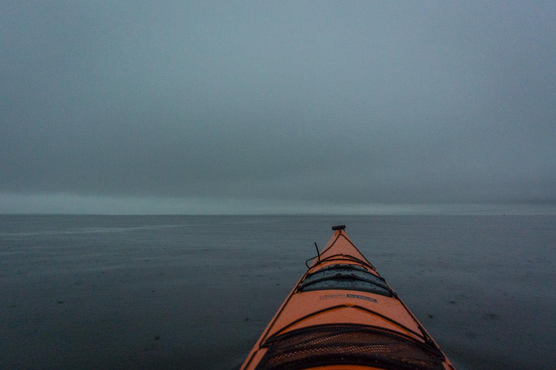 Alltid gött med lite luft och paddelplask. Kunde dock ana en båt längre ut.