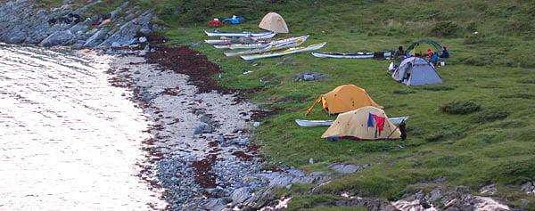 Lägerplatsen på Onøya, nästan maximalt högvatten
